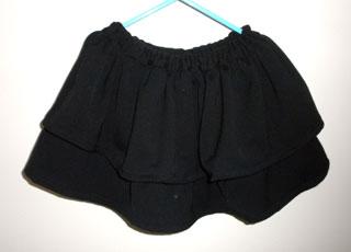 2段フリルのスカート