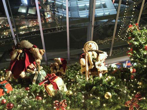 hills christmas market2