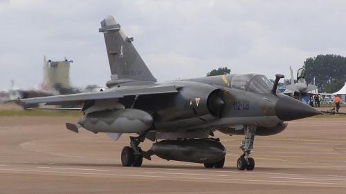 800px-MirageF1CR-647_convert_20111111113546.jpg