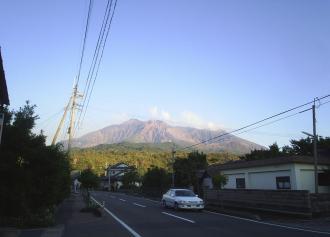 07 麓から見る山頂 (36%)
