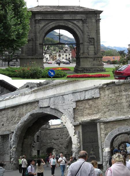 1 イタリア北部・アオスタ