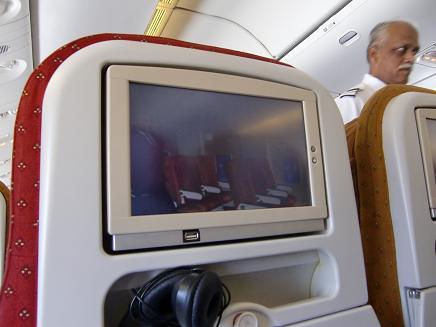2 AIR INDIAの機内
