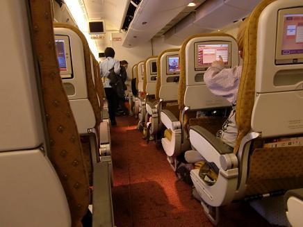 9 香港での機内待機中