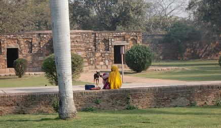 14 フマユーン廟への通路