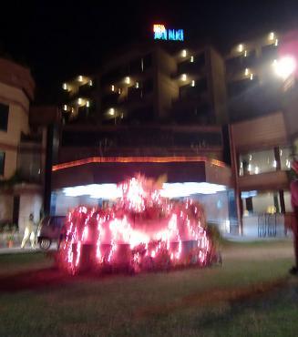 14 ホテルの中庭