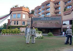 2 ジャイプールのホテル・中庭