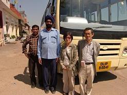 28 バスの運転手