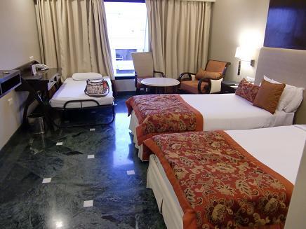 23 アグラの宿泊ホテル