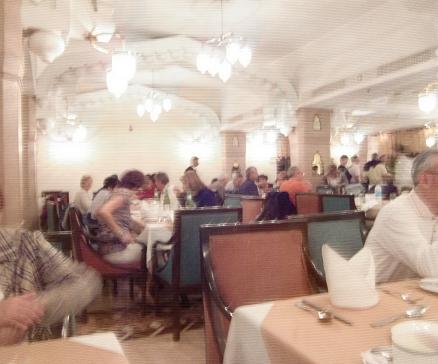 24 アグラの宿泊ホテル・夕食