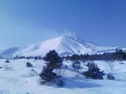 見事な雪山です。