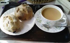 ベリーのパン、クルミのパン