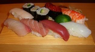 下田のお寿司 (2)