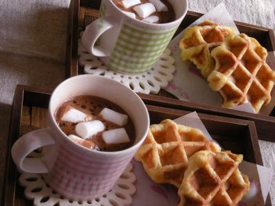 ホットチョコレート&ワッフルで朝ごはん_convert_20091202132357