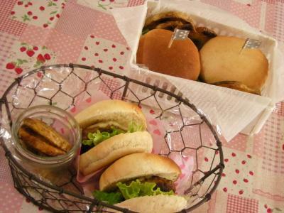1月13日ミニハンバーガー弁当2_convert_20100113135554