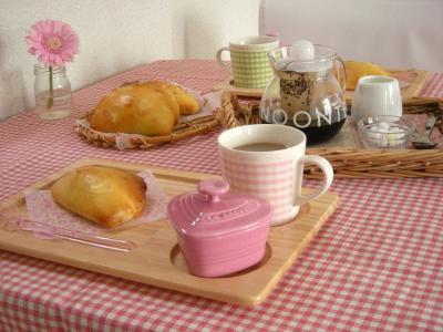 チョコクリームパンで朝ごはん_convert_20100208160940