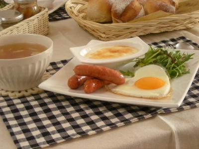 焼き立てパンで朝ごはん_convert_20100222161701
