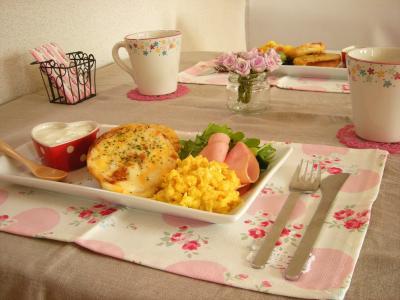 ベーグルチーズトーストで朝ごはん_convert_20100331122053
