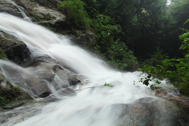 入野の滝3