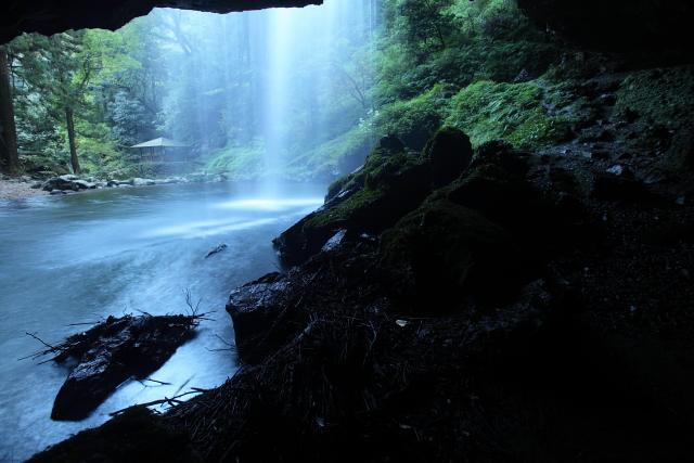 神秘に満ちた「龍頭ヶ滝」5