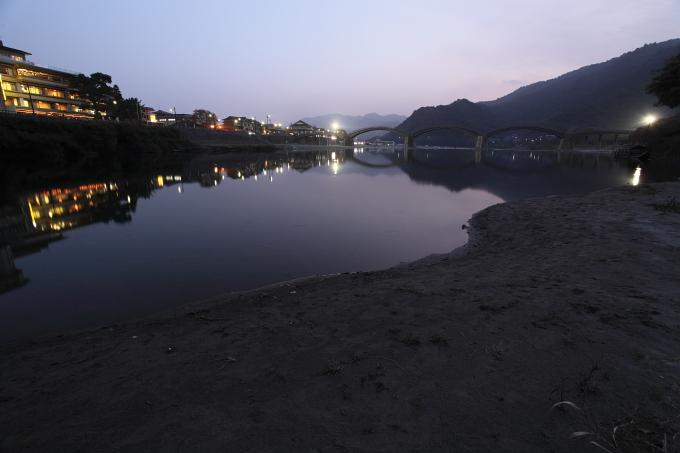 染まる錦帯橋