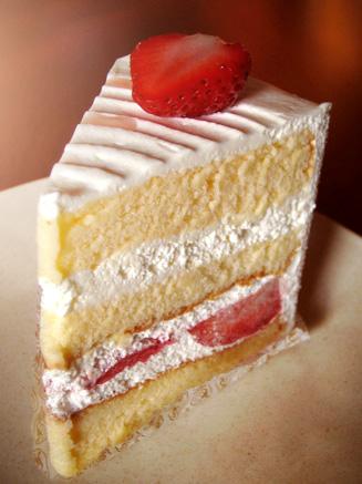 『ロートンヌ』の苺のショートケーキ
