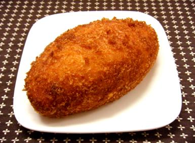 『アンテンドゥ』のカレーパン