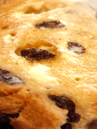 『マリアージュ ドゥ ファリーヌ』のレーズン食パン