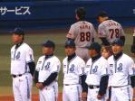 監督・コーチ・選手整列