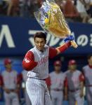 1000試合出場を果たした広島時代の木村拓也=2004年7月16日(横浜スタジアム)