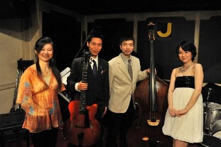 20110412-03p新宿J ブログ用①