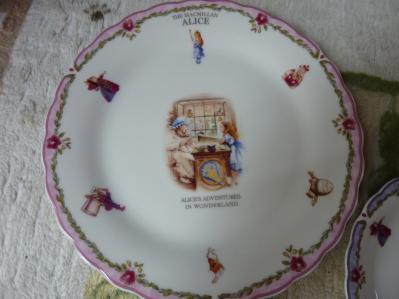 アリスの食器4