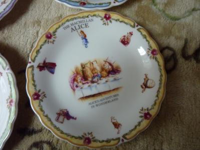 アリスの食器3