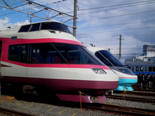 小田急HiSE10000形とRSE20000形(2012年3月25日・海老名)