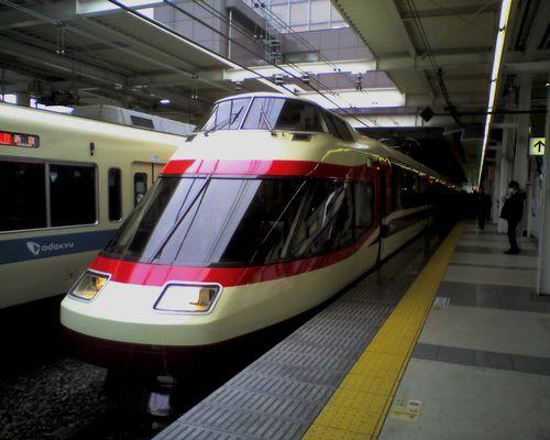 小田急HiSE10000形(町田駅・2010年4月4日)