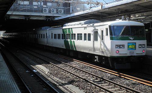 東チタ185系A8編成「あかぎ8号」(2013年2月9日・大宮駅)