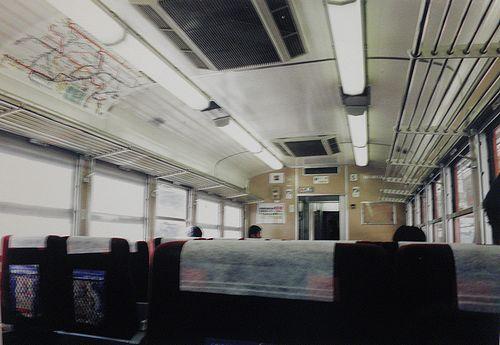 サロ110-1287(横コツ・K57編成)車内(2006年3月8日)