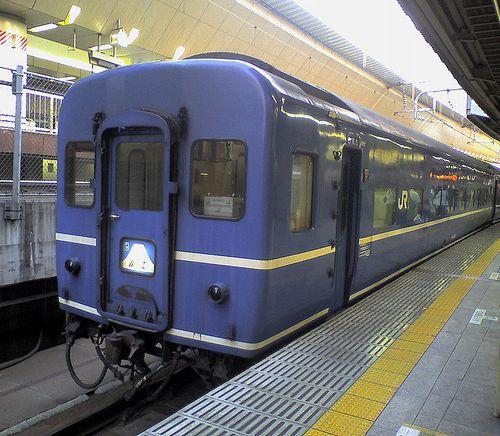 スハネフ15形(2008年4月29・東京駅)