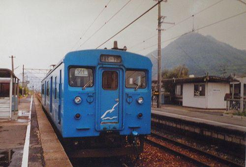 クモハ123-6(岡オカ)(2001年4月25日・迫川駅)