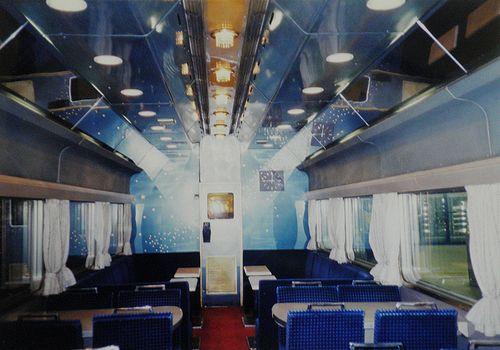 オシ24 701~703のいずれか(東オク)車内(1999年1月24日・東京駅)