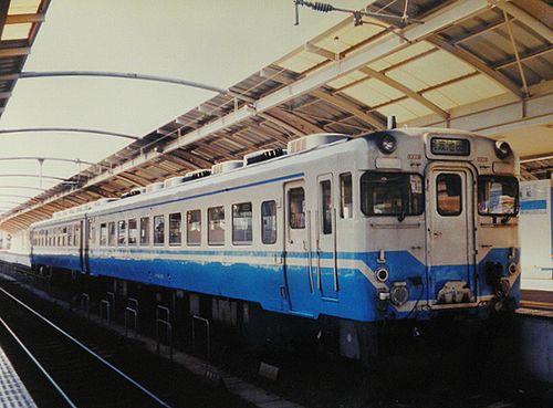 キハ58 301(四マツ)(2003年11月23日・高松駅)