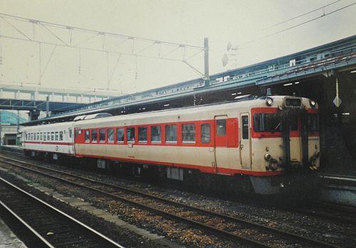 キハ58 1528(盛モカ)(2005年7月22日・大館駅)