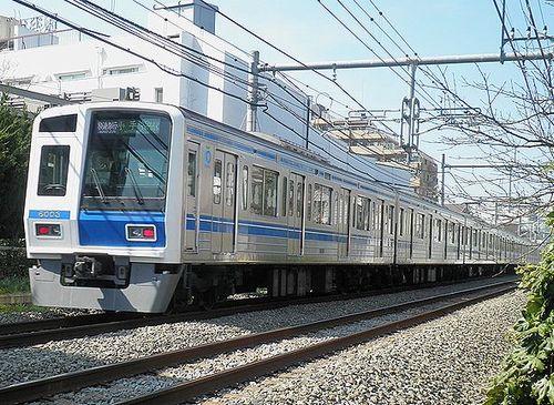 西武6103F広告電車(2013年3月16日・大泉学園~保谷間)