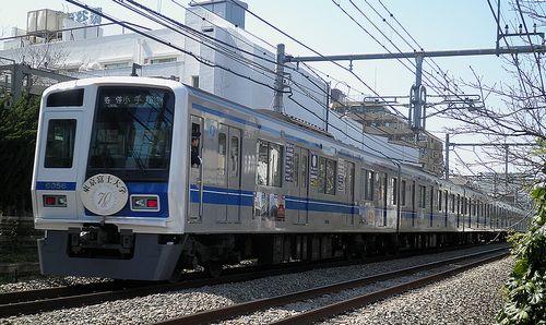 西武6156F広告電車(2013年3月16日・大泉学園~保谷間)