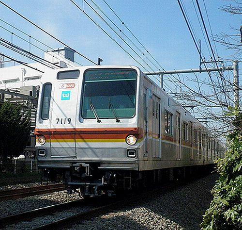 東京メトロ7119F(2013年3月16日・大泉学園~保谷間)