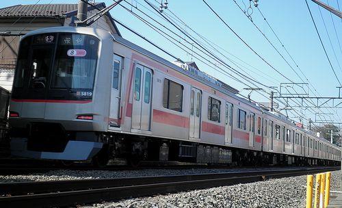 東急5819F(2013年3月16日・大泉学園~保谷間)1