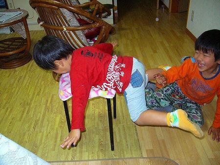 椅子遊び1