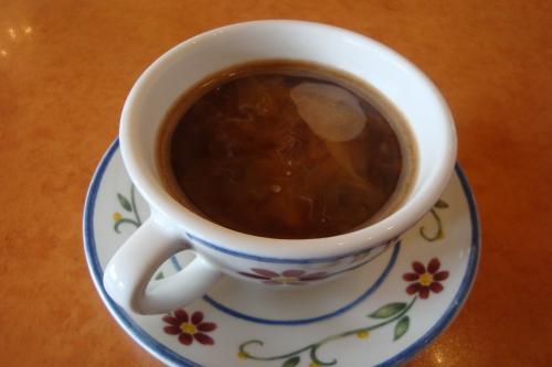 100329-104食後のコーヒー(縮小)