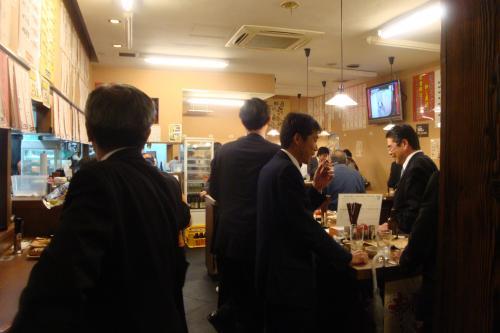 100416-004店内(縮小)