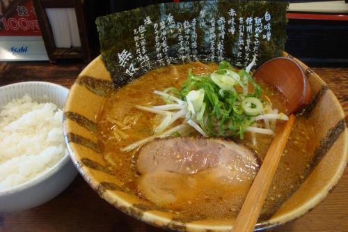 100421-010赤味噌ラーメン(縮小)