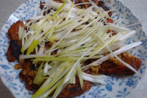 100505-030焼き薩摩揚げの生姜醤油(縮小)